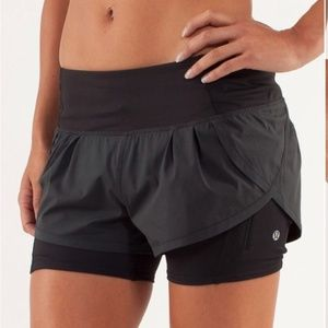 Lululemon Run Speed Squad Shorts Sz 4